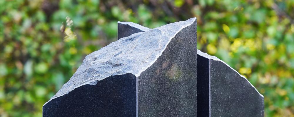 Een grafsteen ontwerpen