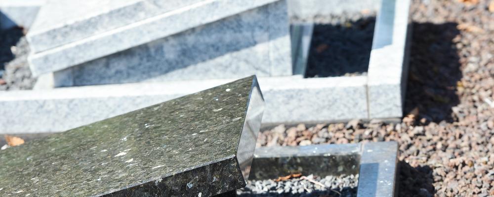 Natuursteen grafsteen | Aries Natuursteen