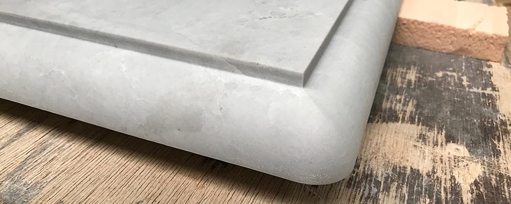 Randafwerkingen van natuursteen werkbladen